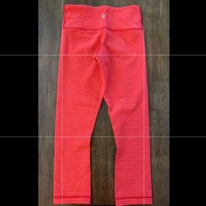 EUC LULULEMON 2 WU CROPS STRIPED NO FLAWS RED/ORG